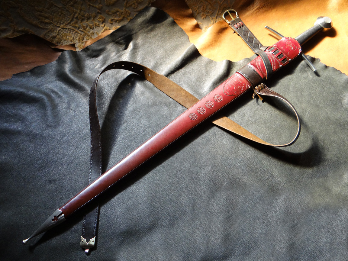 how to make a scabbard chape
